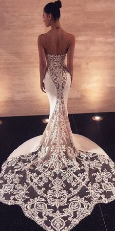 A wedding dress, as we all know is a dress which is worn by the bride on her wedding day. The color and the style of the wedding dress can depend on the cultural and the religious traditions. A sexy wedding dress can. Wedding Dress Mermaid Lace, Sexy Wedding Dresses, Mermaid Dresses, Bridal Dresses, Wedding Gowns, Amazing Wedding Dress, Lace Weddings, Funny Weddings, Wedding Frocks