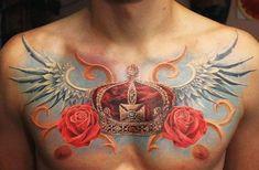 Tatuagem de Coroa |  Realista com Rosas no Peito