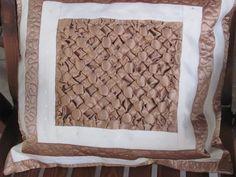 saténový polštář ručně šitý patchwork