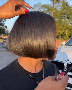 Natural Hair Bob, Natural Hair Haircuts, Pressed Natural Hair, Short Bob Hairstyles, Layered Bob Hairstyles For Black Women, Wig Hairstyles, Natural Hair Styles, Short Hair Cuts, Short Hair Styles
