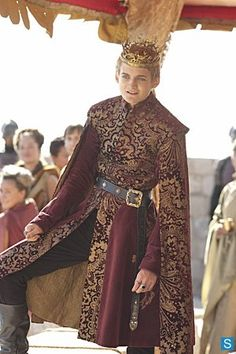 Game of Thrones, costume design by Michele Clapton Even this little shit looks absolutely stunning. God I love these costume designs