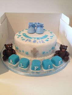 Boys christening cake, teddy bear cake www.meloscakes.co.uk