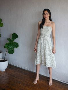 Fresh from the garden. Shop the Sable Dress from Reformation, a smocked midi dress with spaghetti straps and a relaxed fitting skirt. Robes Midi, Costume, Aesthetic Clothes, Spring Outfits, Strapless Dress, Casual Dresses, Floral Dresses, Cute Outfits, Beautiful Outfits