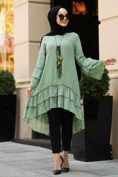 Abaya Fashion, Muslim Fashion, Modest Fashion, Fashion Outfits, Stylish Kurtis Design, Hijab Style Dress, Modest Wear, Fashion Capsule, Maxi Dress With Sleeves