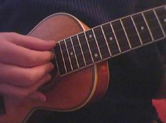 Fingerpicking Ukulele – First Steps
