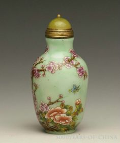 """2.76"""" Great Old Chinese Painted """"Bird & Plum flower"""" Enamel Glass Snuff Bottle"""