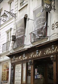 Rue Mouffetard, Paris V
