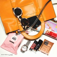 Show you mine if you show me yours! Tag @Maybelline New York on Instagram and show us what's in your bag!