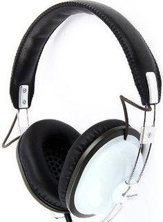 Studio Headphones, Best Headphones, Over Ear Headphones, Vintage Style, Retro Vintage, Vintage Fashion, Headset, Random Things, Advertising