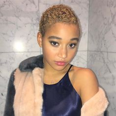 We asked pros to share the top spring hair colors and hair trends for brunettes, redheads, and blonds. See the best hair color ideas for spring Twa Hairstyles, Spring Hairstyles, Twa Haircuts, Natural Hair Cuts, Natural Hair Styles, Amandla Stenberg, Natural Hair Inspiration, Great Hair, Hair Highlights