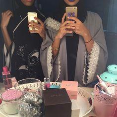 IG:Niabaya || Modern Abaya Fashion || IG: Beautiifulinblack