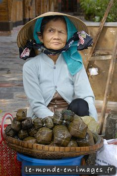 Vietnam - My-Khanh  that raised eyebrow says everything :) http://viaggi.asiatica.com/