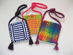 Cotton Loops Purse. Everything you need to make this adorable purse! It's fun and easy for beginners of all ages!!  USA made with quality cotton loops and sturdy metal frame.  Manufactured by Harrisville Designs.  You have enough materials in this kit to make 2 potholders which can then be sewn together to make a purse. There is a glass bead included to use as a button for the purse.