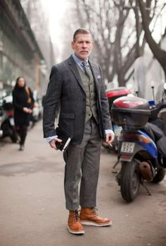 nick wooster, moda, estilo, look Nick Wooster, Fashion Over 40, Star Fashion, Mens Fashion, Fashion Suits, Fashion Hair, Winter Fashion, Fashion Trends, Elegantes Business Outfit
