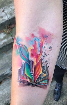Exceptional Book Tattoo Ideas tattoo designs ideas männer männer ideen old school quotes sketches Tattoo Girls, Girl Tattoos, Tatoos, Saying Tattoos, Tatuajes Tattoos, Body Art Tattoos, Small Tattoos, Lower Leg Tattoos, Small Colorful Tattoos