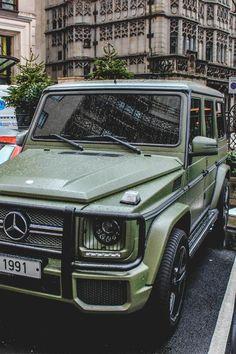 Matte Green Mercedes G-Wagon Mercedes G Wagon, Mercedes Auto, Mercedes Benz G Class, Maserati, My Dream Car, Dream Cars, Nissan, M Bmw, Bmw M Power