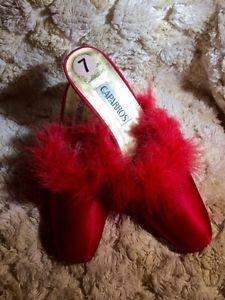52bd8b748bae Vintage-Red-Marabou-Slippers-Size-7-3-Heel-Old-Hollywood-Look-EUC
