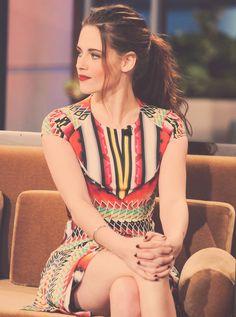 Kristen Stewart dans une robe Peter Pilotto, lors de The Tonight Show with Jay Leno, en 2012.