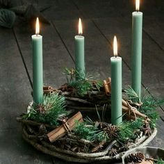 Christmas Trends - Colors, Designs and Ideas - Interior . Christmas Trends - Colors, Designs and Ideas - InteriorZine , Christmas Decorating Trends 2019 / 2020 – Colors, Designs and Ideas - Interior. Christmas Trends, Christmas Inspiration, Christmas And New Year, Christmas Home, Christmas Crafts, Christmas Colors, Xmas, Hygge Christmas, Christmas Tables