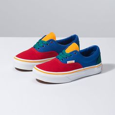 Shop bestselling Boy's Shoes at Vans including Slip Ons, Authentics, Low Top, High Top Shoes & More. Shop Boy's Shoes at Vans today! Customised Vans, Custom Vans, Custom Shoes, Vans Toddler, Vans Kids, Vans Store, Cute Baby Shoes, Cool Kids Clothes, Shoe Wardrobe