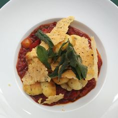 Grießstrudel & mehr Strudel, Hummus, Shops, Ethnic Recipes, Food, Fresh, Do Your Thing, Tents, Meals