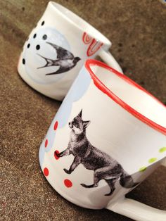 Ceramic mugs with bright glaze and fox and bird waterslide decals. Pottery Studio, Ceramic Painting, Ceramic Mugs, Surface Design, Sunglasses Case, Stencils, Decals, Bird, Happy