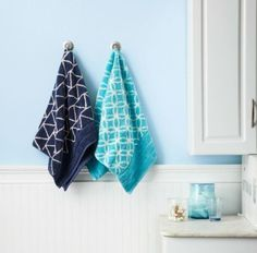 How to Turn Solid-Colored Towels Into Stunning Linen - WomansDay.com