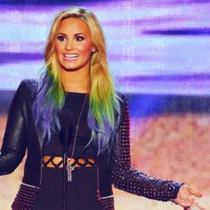 Demi Lovato Hair Color 2012