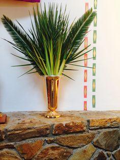 Palm Sunday Palm Arrangements for Church Altar Flowers, Church Flowers, Lent Decorations For Church, Church Ideas, Holy Thursday, Ash Wednesday, Easter Flower Arrangements, Church Banners, Palm Sunday