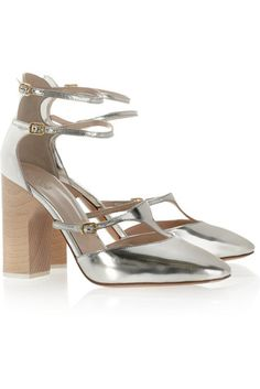 Dying over the silver @Chloe Allen Fashion heels on sale right now!
