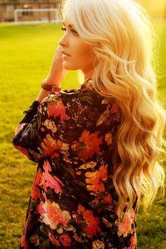 Blonde, curly & long hair