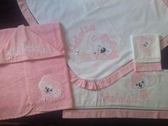 Kit Maternidade Lilica Ripilica. Manta, toalha fralda, fralda de ombro é fralda de boca.