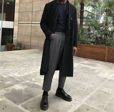 40 Magnificient Men Fashion Ideas To Look Elegant - Although most of us are . - 40 Magnificient Men Fashion Ideas To Look Elegant – Although most of us as men seem to be careles - White Outfits, Casual Outfits, Fashion Outfits, Fashion Ideas, Fashion Styles, Men Casual, Fashion Fashion, Black And White Outfit For Men, Man Style Casual