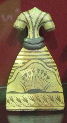 Votive deposit dresses from Minoan hoard w/Snake goddess. Original in HAM