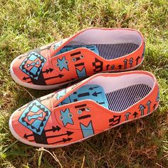 DIY Shoes @Emily Schoenfeld Kern make these and I will be impressed ;)