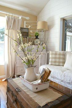 Farmhouse Style Living Room And Kitchen Decorating Ideas 30 #interiordecorstylesfarmhouse