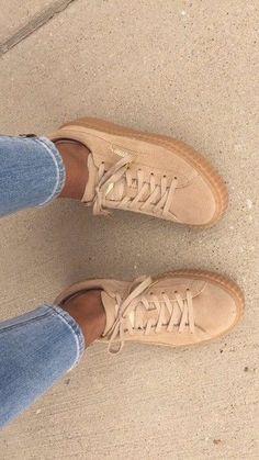 Die 68 besten Bilder von Minimal Chic   Puma sneakers, Pumas shoes ... a7529fbe89