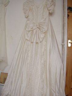 1000 images about pronuptia de paris on pinterest de for Vintage wedding dresses paris