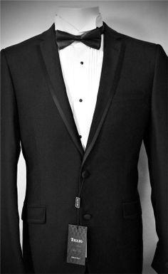 Groom's Tiglio Slim Fit Tuxedo King James I, Slim Fit Tuxedo, Slim Man, Gentleman Style, Black Wool, Suit Jacket, Style Inspiration, Blazer, Fitness