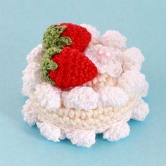 Усовершенствованная версия тортика  Крем теперь ещё более кремовый  #weamiguru #amigurumi #kawaiifood #crochetfood #virka #амигуруми #вяжутнетолькобабушки #あみぐるみ #crochet #knitting #handmade #crochetdesigner #crochetlove #instacrochet #pastelcollection #myunicornlife #livecolorfully #craftastherapy #handmadeisbetterb #kiddecor #fakesweets