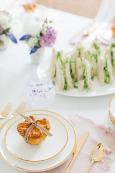 A Special Luncheon for Mom - Monika Hibbs Summer Parties, Holiday Parties, Tea Snacks, Party Checklist, Backdrops For Parties, Party Entertainment, Holiday Tables, Anniversary Parties, Afternoon Tea