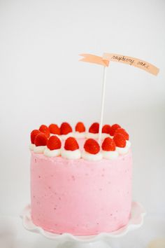 cute as a button raspberry cake recipe | sugarandcloth.com