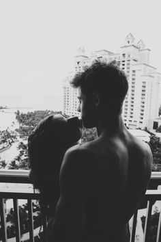 20 Most Romantic Quotes That You Want To Tell To Your Biggest Love. From the Love Experts share the most amazing romantic quotes with the one that you love. Photo Couple, Love Couple, Couples In Love, Couple Goals, Perfect Couple Pictures, Romantic Couples, Love Is In The Air, This Is Love, Falling In Love