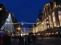 #amsterdam #christmas #damrak #bijenkorf
