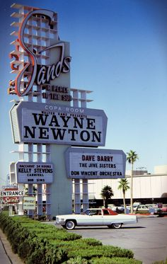 Sands c. 1975 Wayne Newton, Dave Barry, and a Cadillac Coupe DeVille. Slide scan by Phil Osborne. Vegas Casino, Las Vegas Nevada, Wayne Newton, Las Vegas Photos, Vintage Neon Signs, Vegas Strip, Sin City, Googie, Car In The World
