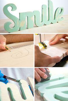 Palabra de madera ➜ Aprende cómo hacer una palabra de madera, decórala con Chalk Paint y súmate a la tendencia de decorar con letras.  #DIY #Manualidades #Decoración #Handmade #Handfie