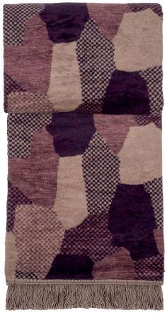 Wunderbare Wohndecke »Giovanni« aus dem Hause pad. Das asymmetrische Muster kommt durch die unterschiedlichen Farbtöne gut zur Geltung. Die Qualität der Decke aus 60% Polyacryl und 40% Baumwolle fühlt sich wohlig weich an und hält Sie an kalten Abenden herrlich warm. Kuscheln Sie sich ein und genießen Sie gemütliche Stunden.  Artikeldetails:  Gemusterte Decke, Mit Fransen,  Material/ Qualität: ...