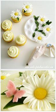 How to make gumpaste daisies.