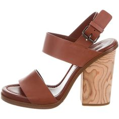 Pre-owned Vince Haley Leather Sandals ($125) ❤ liked on Polyvore featuring shoes, sandals, brown, leather buckle shoes, buckle shoes, real leather shoes, brown sandals and brown leather sandals