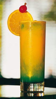 Cocktail mit Eierlikör und Maracuja✓ Eierlikör Maracuja Sommerdrink für die Mädelsparty✓ Eierlikör Maracuja Rezepte auf verpoorten.de